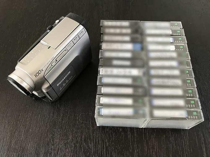 発送するビデオテープ22本